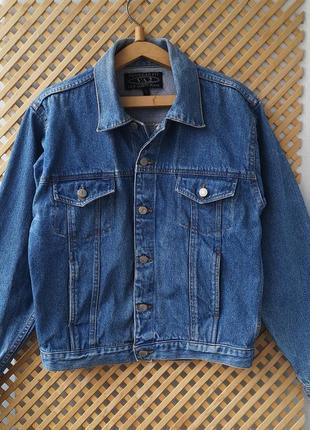 Плотный джинсовый пиджак.. куртка