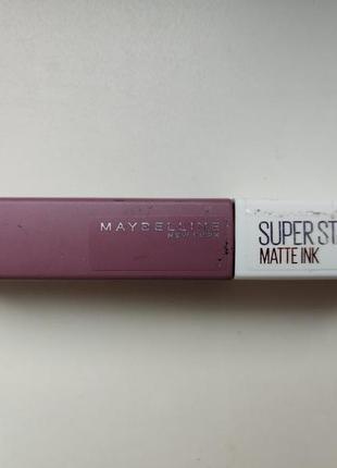 Темная стойкая матовая помада maybelline super stay matte ink visionary
