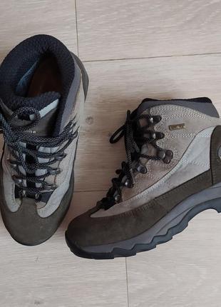 Треккинговые ботинки lafuma  ❄