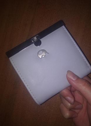 Милый серый кошелёк минимализм