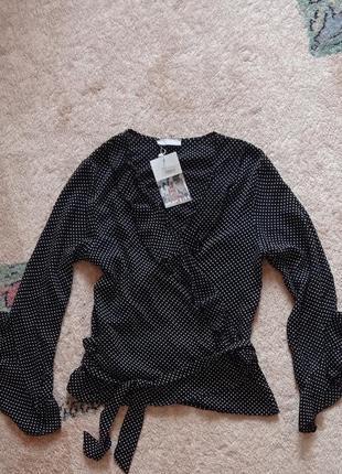 Блузка с рюшами рубашка черная белыц горох горошек