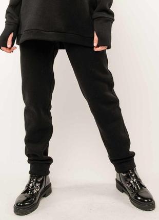 Женские черные зимние спортивные брюки на флисе (бр 1120 rmmr)