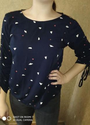 Блузка з регулюючими рукавами
