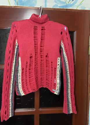 Шерстяной рваный свитер