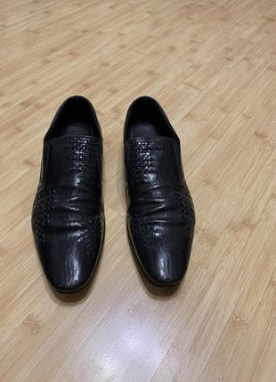 Мужские кожаные туфли carnaby