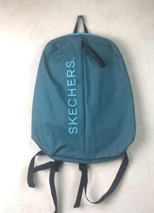 Рюкзак небольшой и легкий от известного бренда