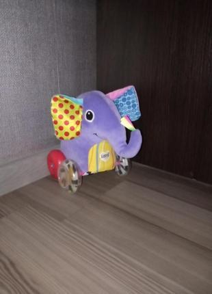Lamaze слоник ездит, пищит