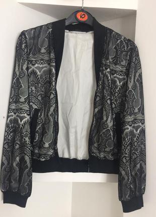 Gucci стильная курточка