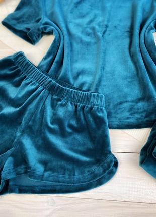Плюшевая изумрудная пижама тройка, футболка, шорты и шианы, комплект для дома3 фото
