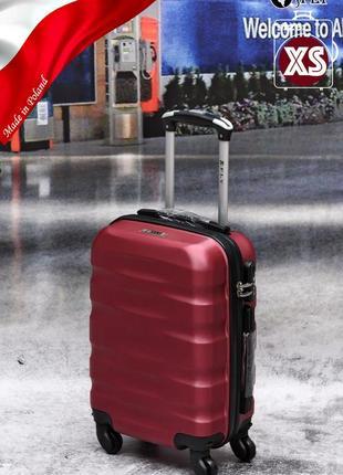 Прочный надежный чемодан из поликарбоната+abc