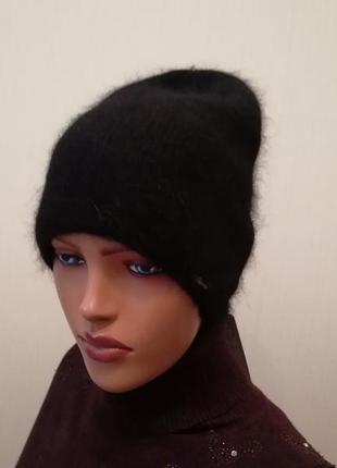 Стильная шапка ангора двойная чёрная