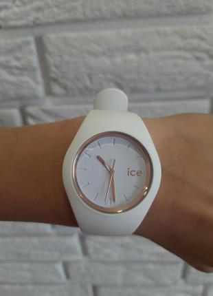 Белые часы ice watch женские
