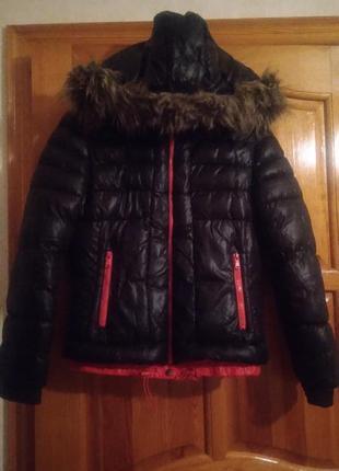 Зимняя куртка короткая