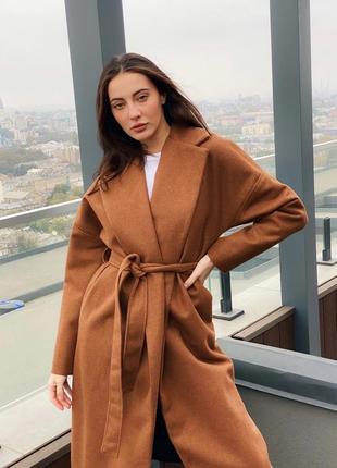 Крутое демисезонное пальто