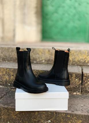 Шикарные ботинки bottega veneta chelsea high fur 🆕️  ботега венета (с мехом)