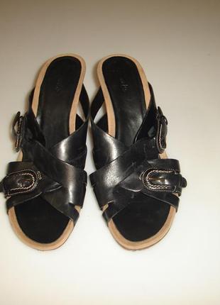 Кожаные босоножки на каблуке clarks , р 40 (uk 7), стелька 26 см,