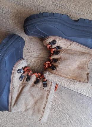 Крутые фирменные сноубутсы сапоги кожаные