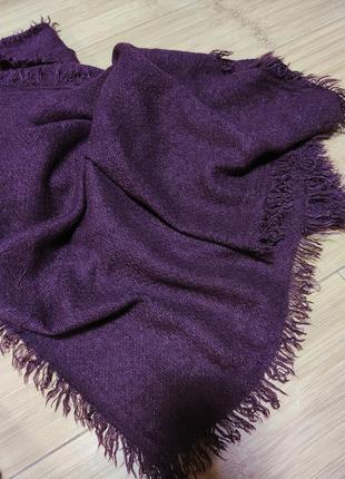 Шерстяной шарф палантин