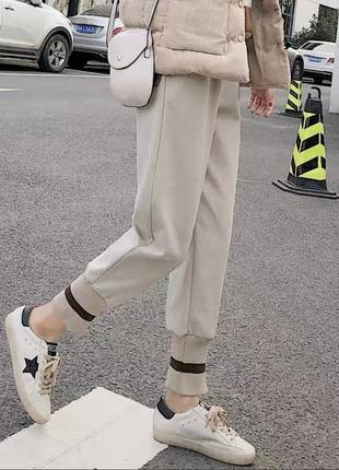 Спортивные штаны с широкими лампасами 😍