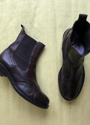 Шкіряні челсі челси ботильйони черевики ботинки сапоги чоботи