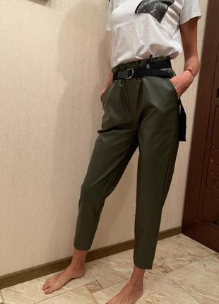 Новые брюки из эко кожи утепленые, теплые кожаные штаны