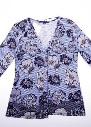 Трикотажная блуза с вырезом comma