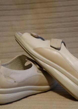 Качественные кожаные ортопедические летние туфли hotter англия. 38 р.