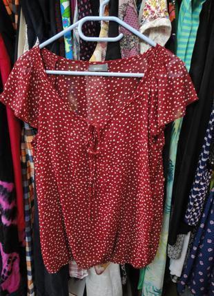 Яркая красная блуза в горох yessica