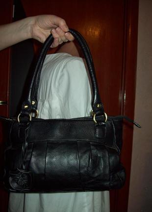 Удобная вместительная сумка debenhams с цветком 100%кожа 22*38см с углами