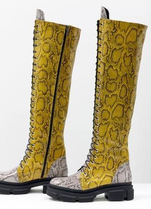 Кожаные дизайнерские ботфорты на тракторной подошве  на шнуровке,осень-зима