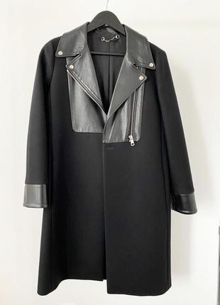 Пальто c кожаными вставками