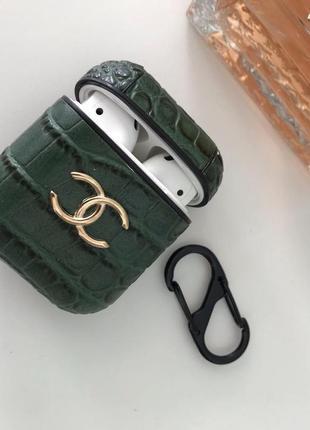 Брутальный чехол с кожаным покрытием для airpods