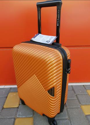 Чемодан дорожный для путешествий orange