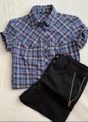Шорти та сорочка