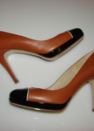 Шикарные кожаные туфли hobbs, р 39, сделаны в италии,