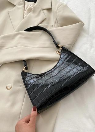 Сумка сумочка под винтаж ретро с ремнем новая черная стильная модная в руку на плечо