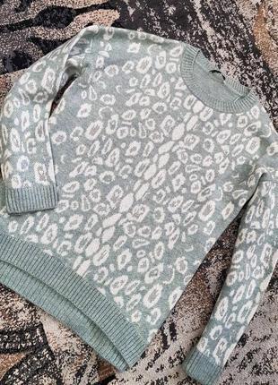 Вязаный леопардовый свитер george  голубой