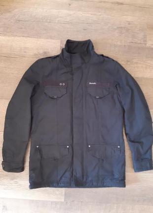 Крутая теплая фирменная зимняя куртка
