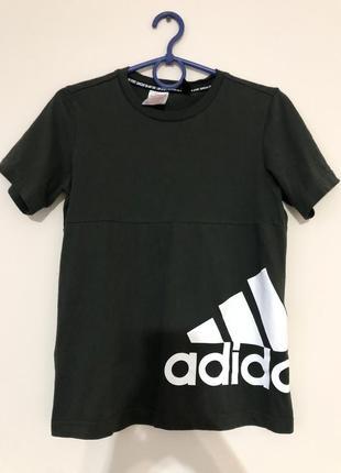 Идеальная футболка цвета хаки от adidas