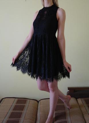 Шикарное кружевное платье rebellion