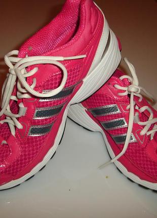 Кроссовки adidas, оригинал, размер uk 7, размер 39,5-40, стелька 26 см
