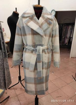 Зимнее меховое утепленное пальто