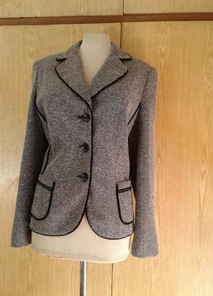 Вискозный пиджак в мелкую риску, хl/ наш 50-52.