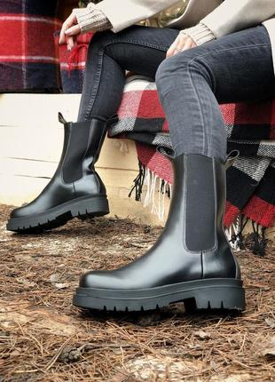 Женские кожаные ботинки на байке