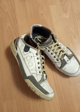 Немецкий бренд,роскошные,красивые,кожаные кроссовки,полуботинки,кросовки