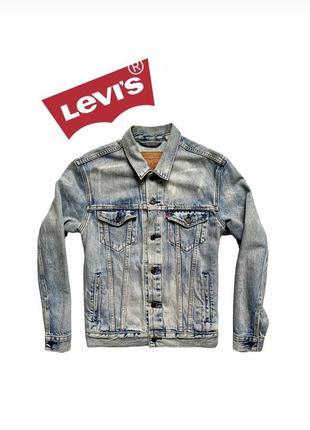 Классная джинсовка levis из новых коллекций