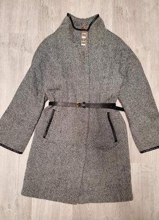 Шерстяное пальто emass