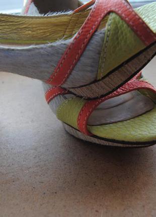 Необычные туфли dumond