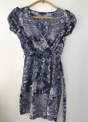 Платье на запах new look