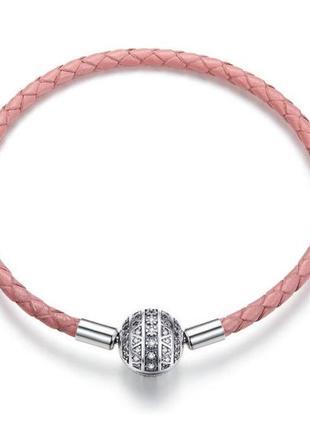 Розовый кожаный браслет с застежкой шармом